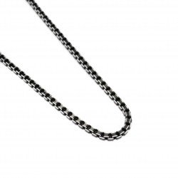 Men's or women's chain with black square links