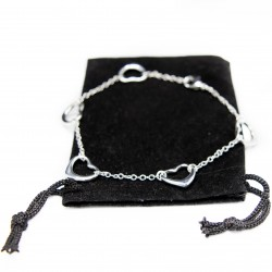 Bracelet pour femme en argent avec cinq petits cœurs