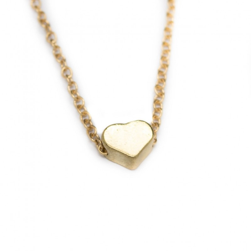 Women's golden heart necklace