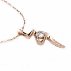 Collier en or rose avec un pendentif fin, pour femme